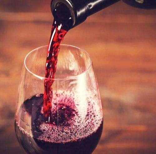 葡萄酒的养颜方法有哪些