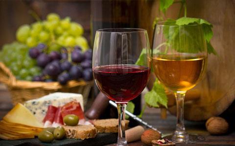 葡萄酒中掺水饮用好吗