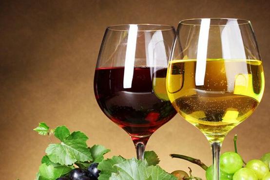 美国葡萄酒是怎么命名的呢