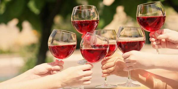 葡萄酒的伴侣——橡木桶