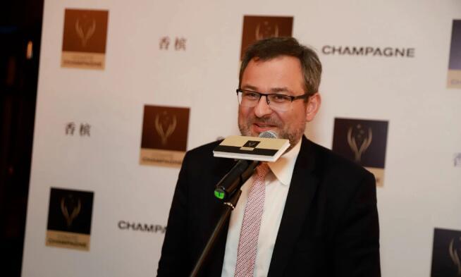 查尔斯·高梅担任法国香槟酒行业委员会会长