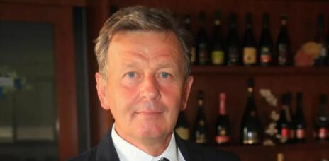克劳迪奥·比昂迪担任兰布鲁斯科葡萄酒保护协会总裁