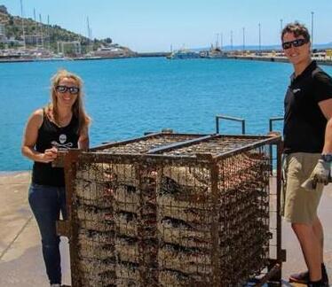 一对匈牙利夫妇在西班牙海里酿造了4000瓶葡萄酒