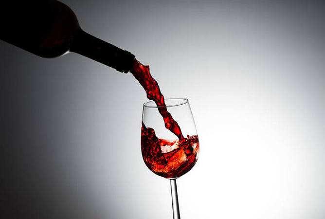 葡萄酒鉴定方法有哪些讲究