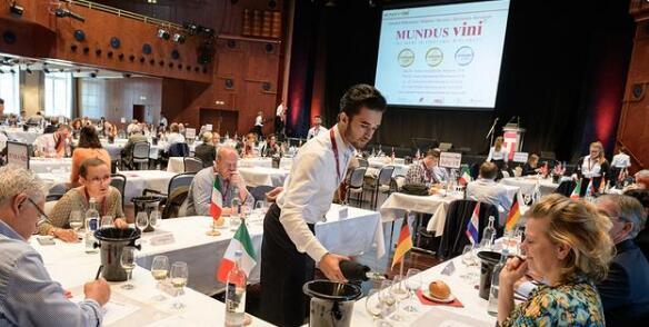 米茨酒庄干红葡萄酒在2021德国国际葡萄酒大赛中获得金牌
