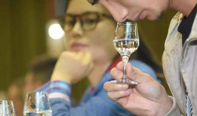 酒体设计师入选人社部四批新职业