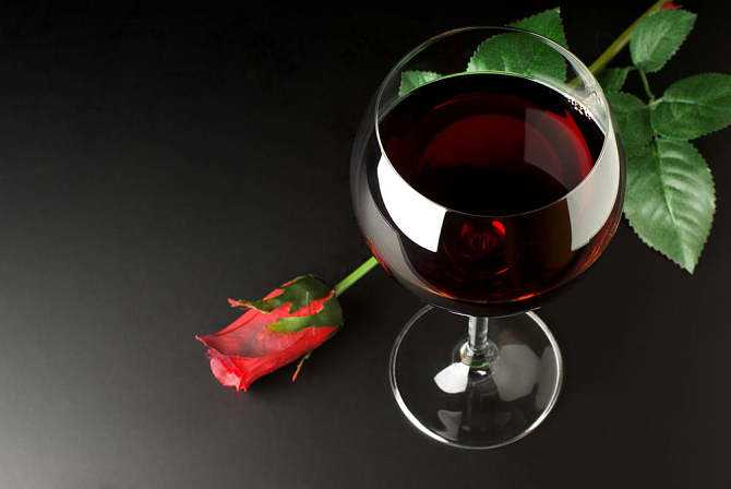 餐酒搭配有哪些准则,餐酒搭配要注意哪些原则呢