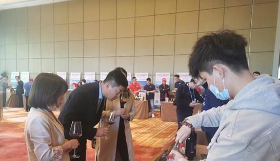 2021贺兰山东麓葡萄酒银川春季经销商大会葡萄酒庄深度体验洽谈正式启动