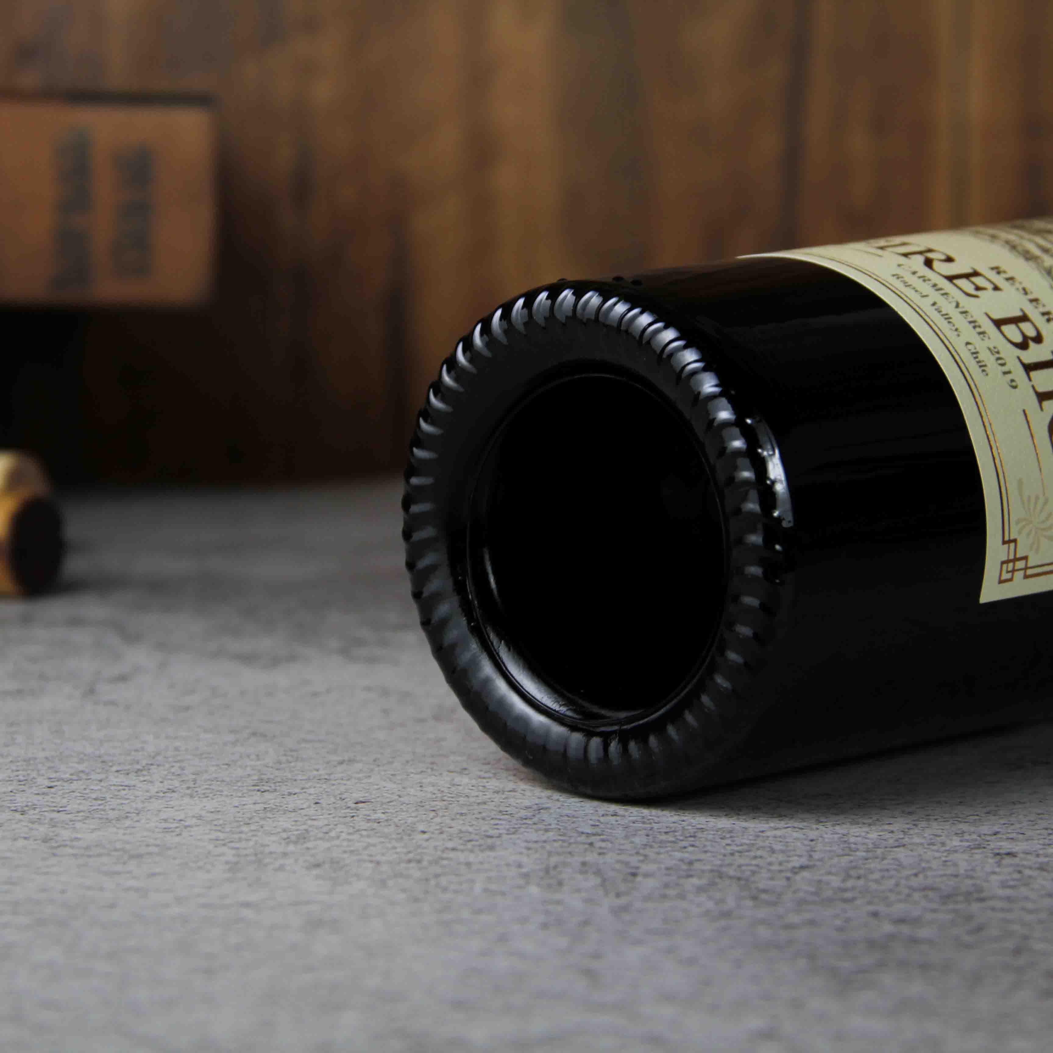 火烈鸟珍藏佳美娜红葡萄酒
