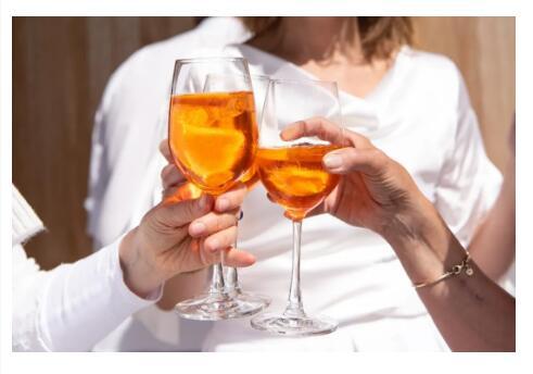 """【約會秘訣】情商高的人,教你如何""""醉""""酒!"""