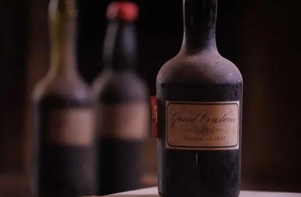一瓶Grand Constance1821葡萄酒拍卖价高达21200英镑