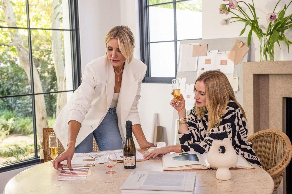 美国女影星卡梅隆·迪亚兹推出限量版桃红起泡酒