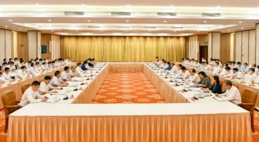 """闽宁两省区签订《""""十四五""""东西部协作框架协议》"""