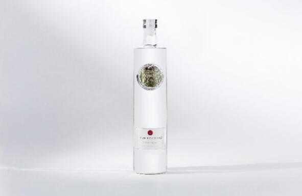 由西往东美酒公司与日本大阪县灵镜清酒建立合作关系