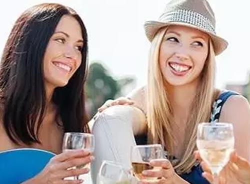 Areni-Global报告显示优质葡萄酒消费者是最富有的群体之一