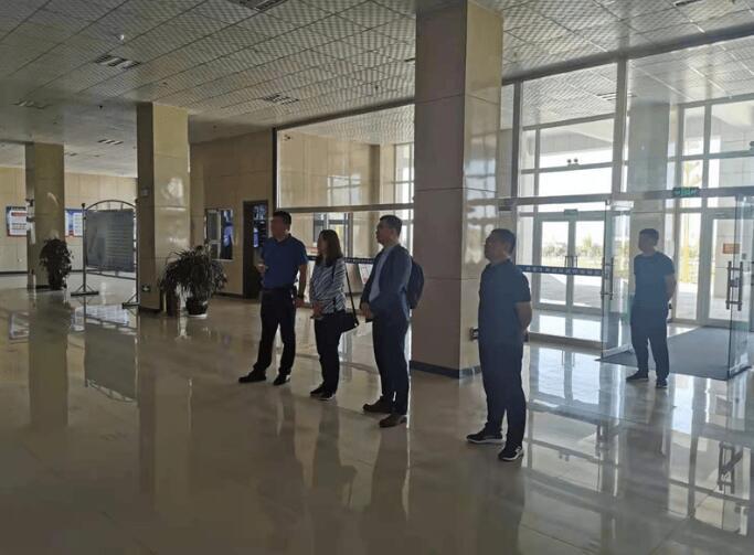 中国食品发酵工业研究院率队到访考察焉耆县葡萄酒企业
