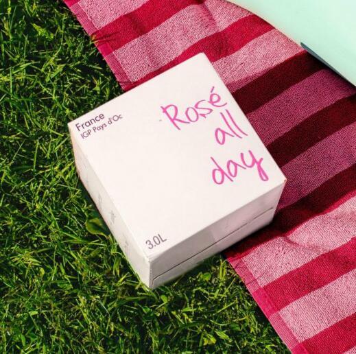 葡萄酒品牌Rosé All Day在美国市场推出盒中袋葡萄酒