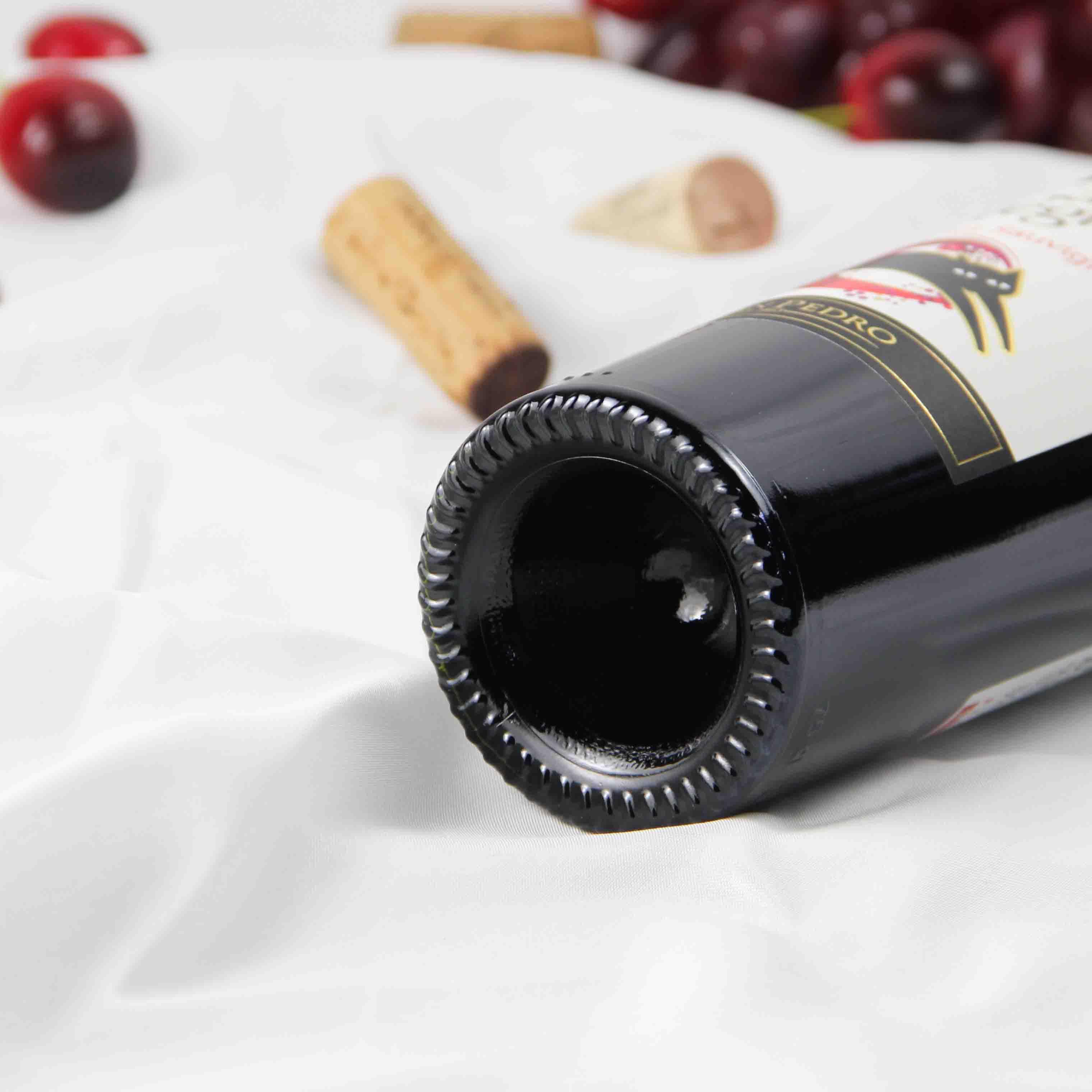 智利中央山谷黑猫赤霞珠红葡萄酒红酒