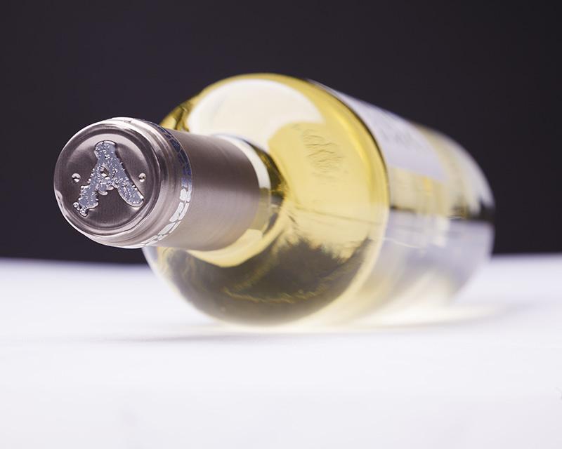 西班牙 里奥哈 维尤拉 歌海娜 年轻干白葡萄酒