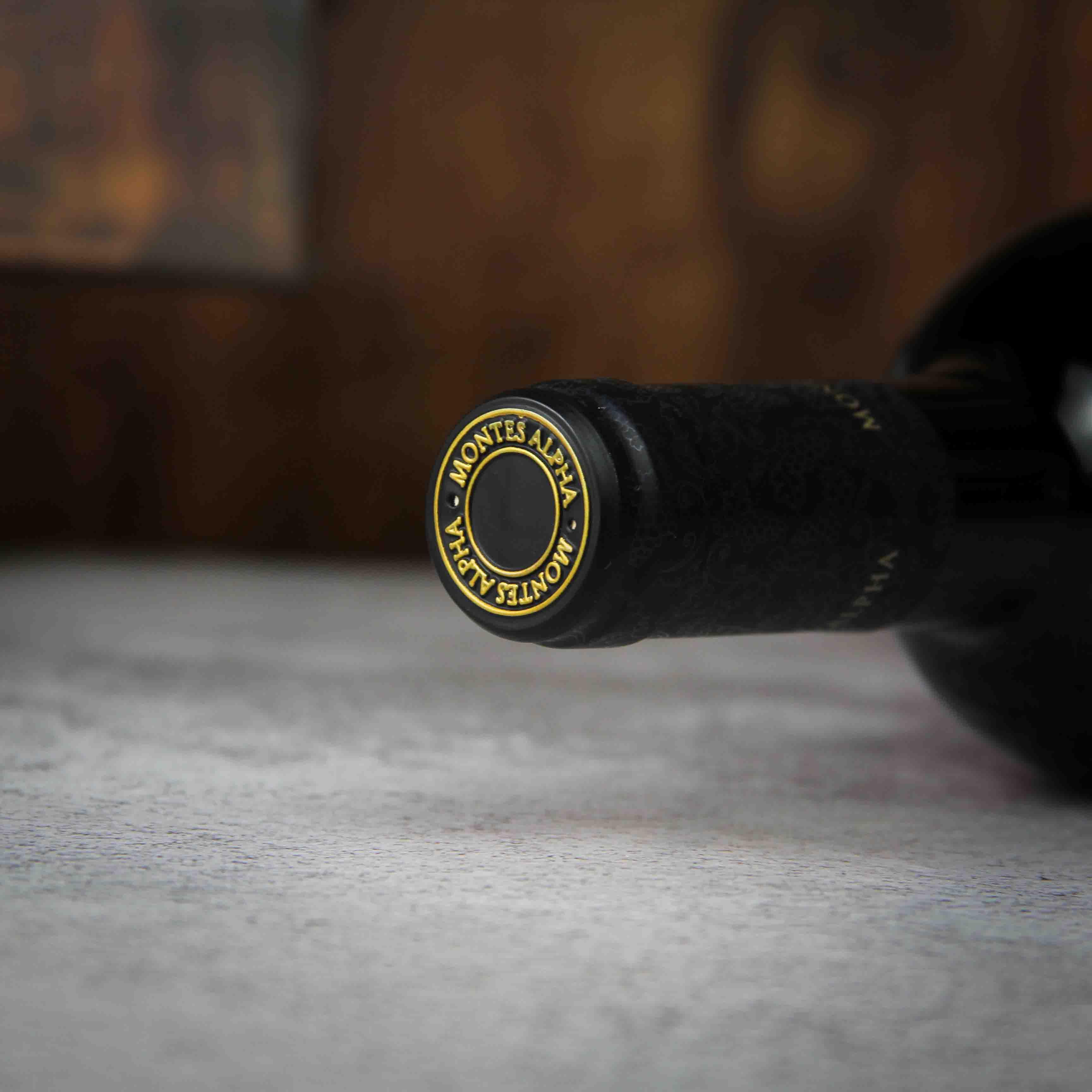智利阿帕塔谷和玛琪格Marchigu蒙特斯欧法黑金赤霞珠干红葡萄酒