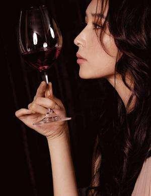 酒的品评应该从三个方面品鉴,快收藏吧