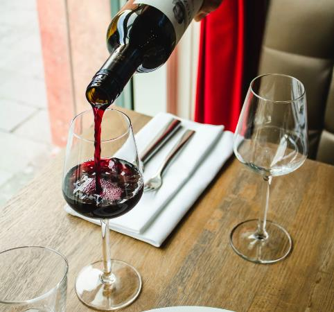 紅酒可以不用醒酒器嗎?