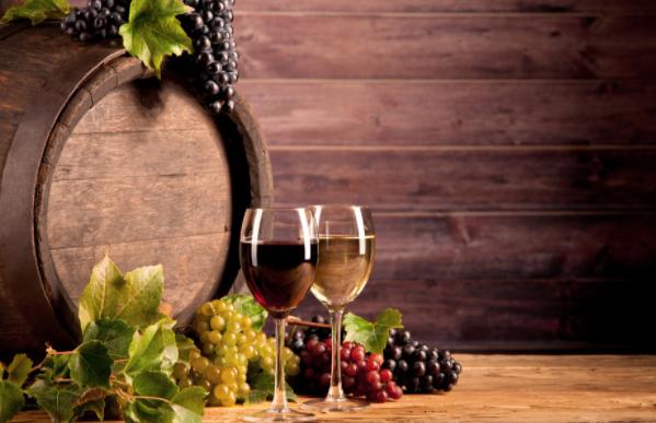 古老的摩尔多瓦葡萄酒,你喜欢吗?