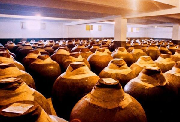 2021年1-8月中国酿酒行业总产量达3784.34万千升