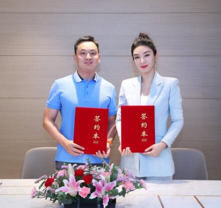 法国兰顿家族葡萄酒签约演员黄奕为中国区形象大使